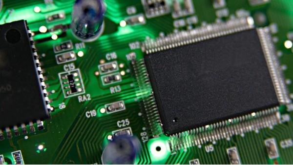 超细铁粉用于电子元器件,电子元件用铁粉